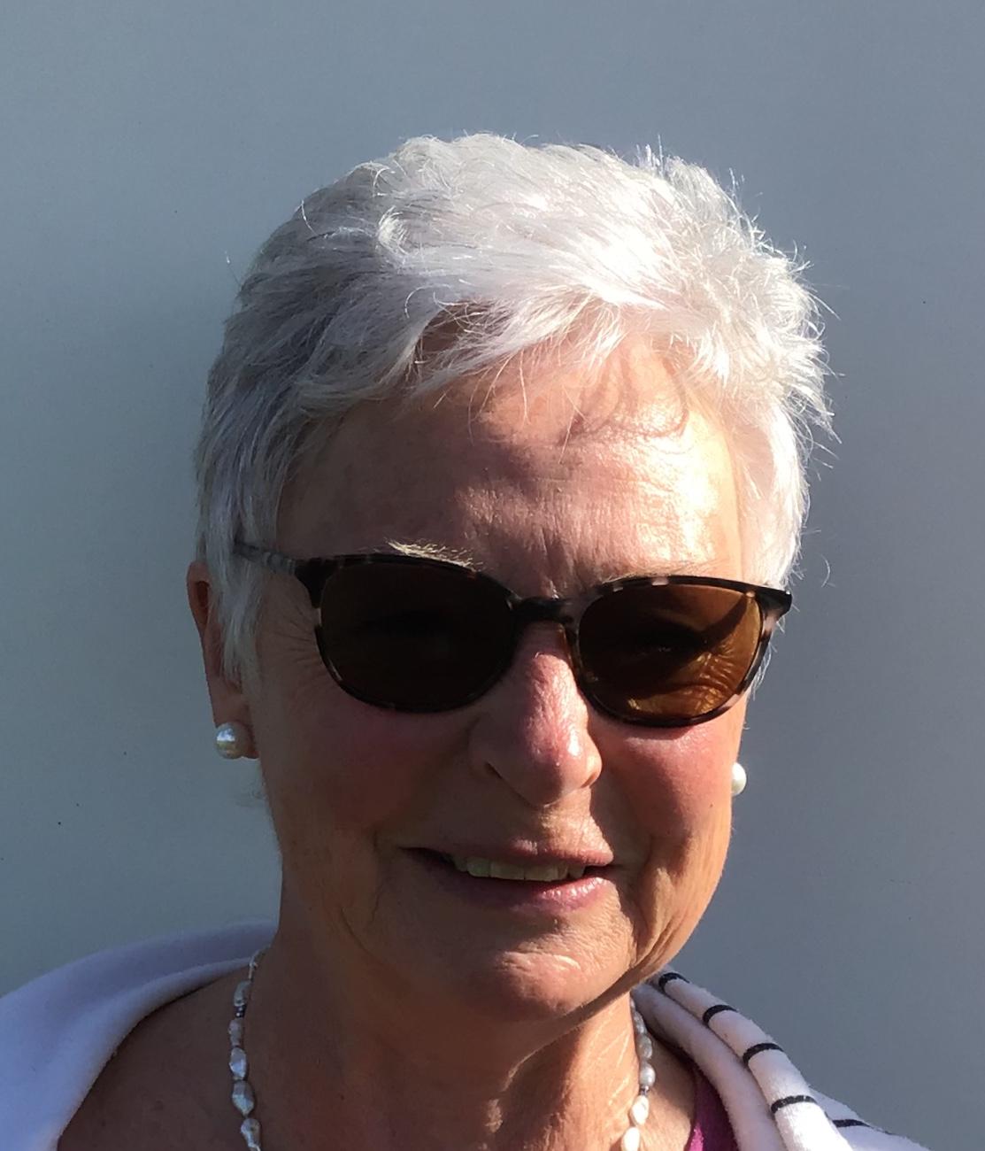 Mary Cox Minute Secretary